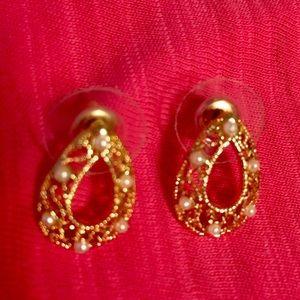 Jewelry - 🌺Earrings🌸